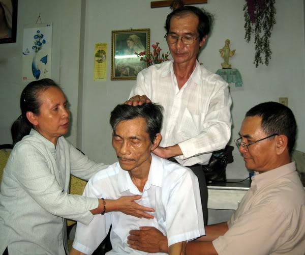 Thiên-Khí-Năng Khóa II (3.3.2012) và Khóa I (7.11.2010) tại Việt-nam