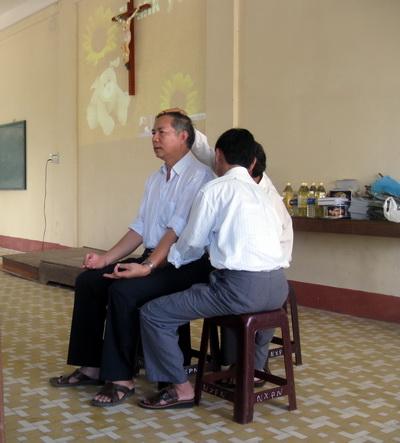 """KONTUM: Hành trình """"Tin Vui Chữa Lành""""  chặng 1:  24/5 – 26/5/2012"""