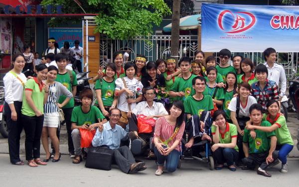 """Chương trình """"Tin Vui Cho Người Bệnh Nghèo"""" công du miền Bắc VN lần II 12.4 – 17.4.2012"""